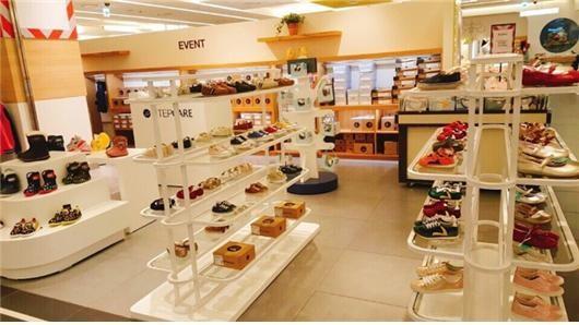 스텝케어, 현대백화점 울산점 아기걸음마 신발·유아 방한부츠팝업매장 오픈