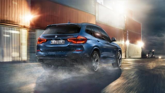 BMW, 벤츠 GLC 대항마 '뉴 X3' 출시…반격 예고