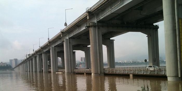 2011년 홍수 때 잠수교