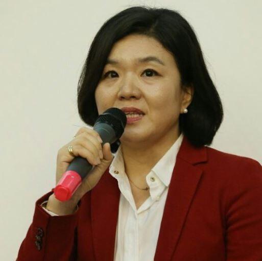 """'포항 지진은 천심' 발언 논란 류여해, 국민들 커지는 분노 표출 """"제정신이냐"""""""