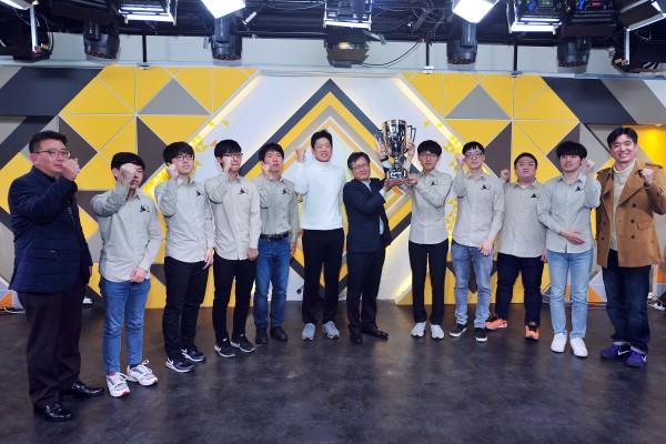정관장 황진단, 국민은행 바둑리그 대역전승으로 창단 후 첫 챔프 등극