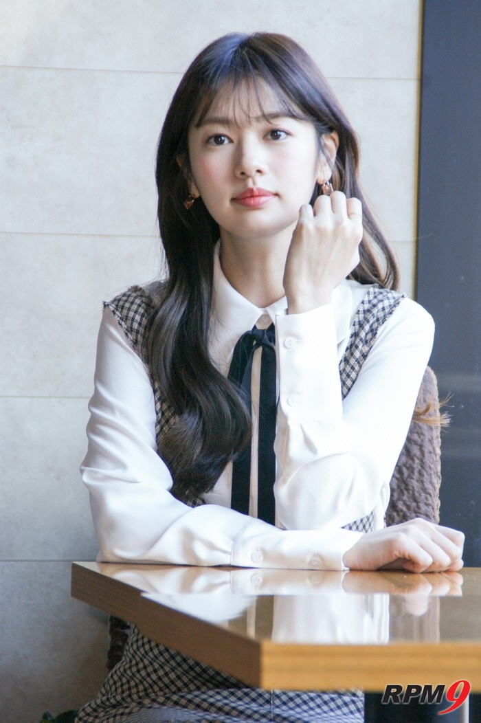 최근 전자신문엔터테인먼트는 서울 삼청동 휴플레이스 카페에서 tvN 월화드라마 '이번생은 처음이라' 종영인터뷰를 진행한 정소민과 만났다.(사진=박동선 기자)