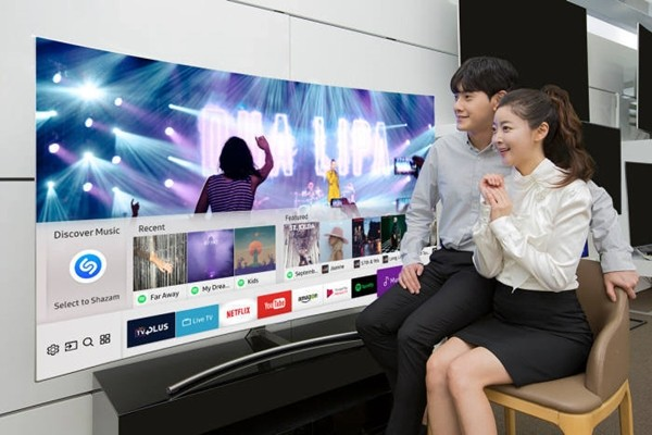 Samsung Electronics is planning to introduce Tizen 4.0-based Smart TVs that have enhanced IoT function in 2018.
