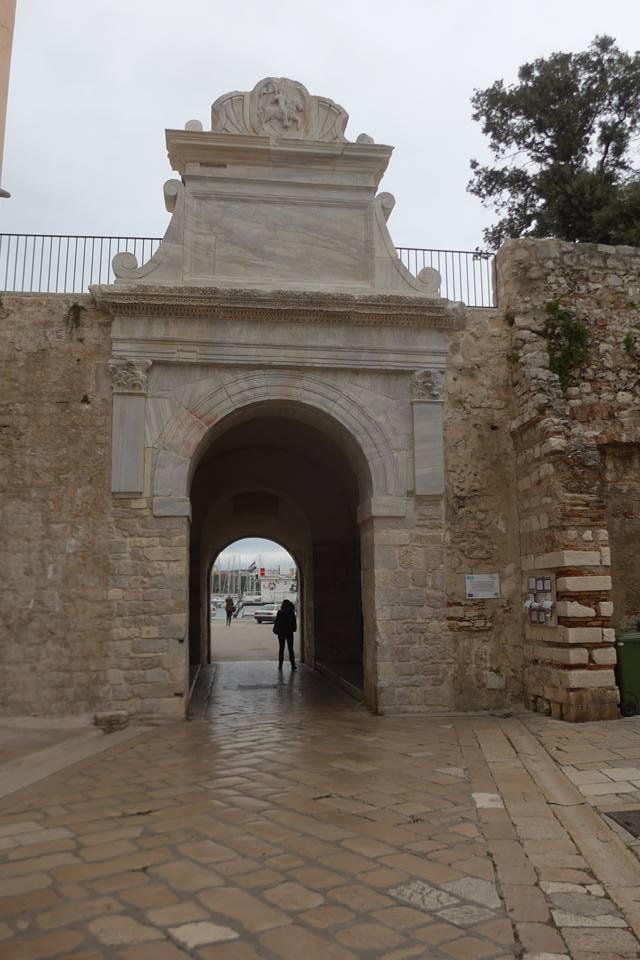 바다문(Sea gate)