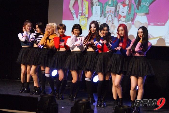 3일 서울 송파구 올림픽공원 뮤즈라이브에서는 그룹 모모랜드의 세 번째 미니앨범 'GREAT!' 발매기념 쇼케이스가 개최됐다. (사진=박동선 기자)