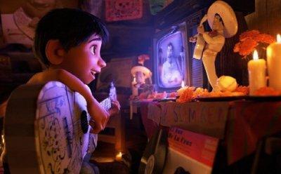 [ET-ENT 영화] '코코' 더 아름답게 표현된 사후세계, 동양적 세계관은 몰입과 감정이입, 감동을 준다