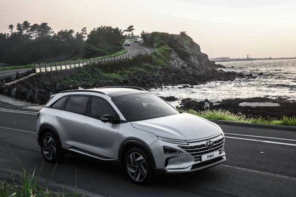 Hyundai Motor Company's 'next fuel cell electric vehicle' that will be released during the first quarter of this year.