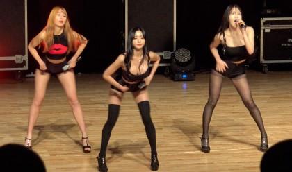 걸그룹 포켓걸스의 군부대 공연 영상 화제