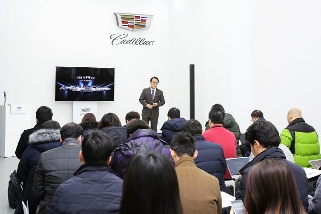 """캐딜락 김영식 사장 """"2018년 2500대 팔 것"""""""