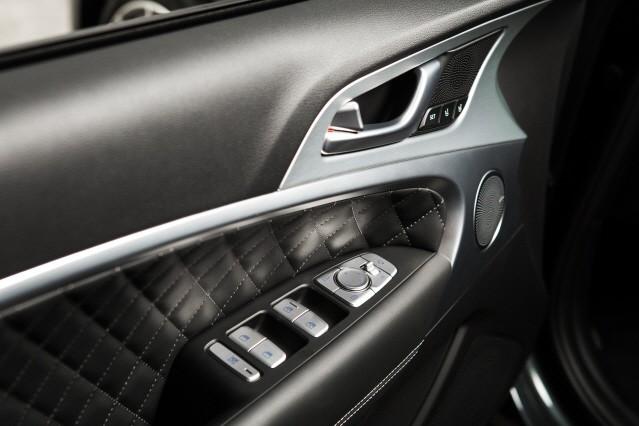 [임의택의 車車車] 30대를 위한 테일러드슈트, 제네시스 G70 2.0T