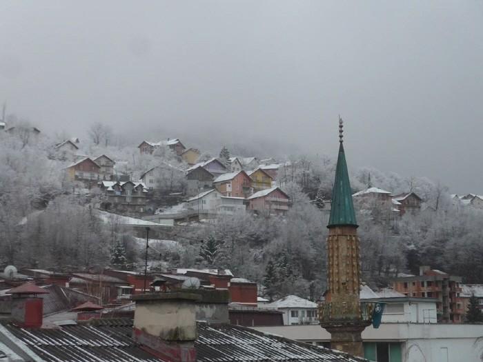 호텔에서 보는 눈 내린 새벽풍경