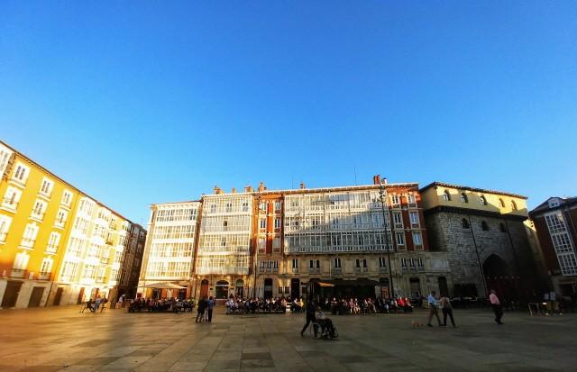 부르고스 앞 광장 풍경