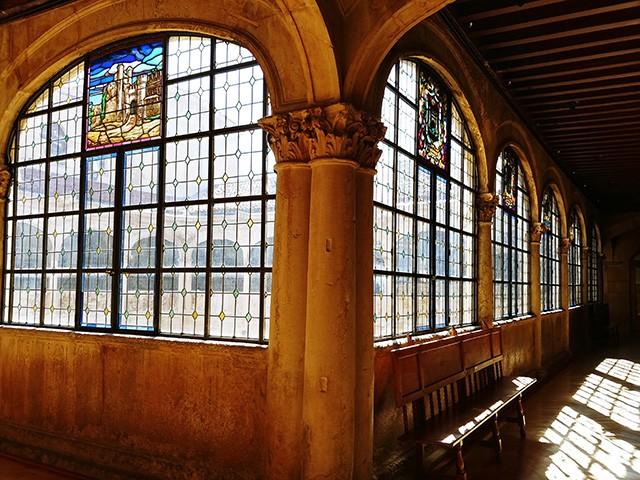 르네상스 양식의 로스 구스마네스 저택 내부.
