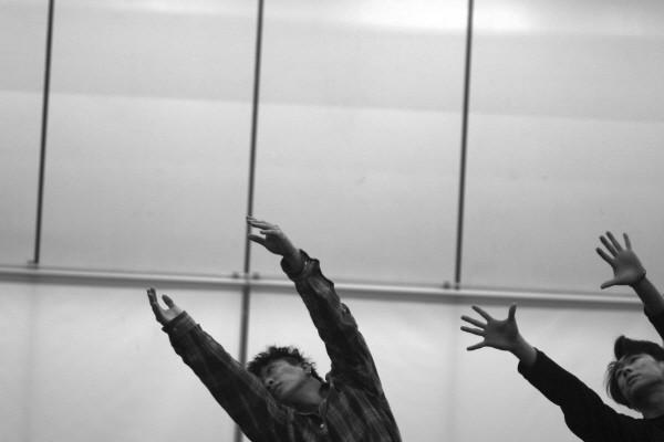 '비상(飛上)' 중 'WAY' 연습사진. 사진=춤벗 제공
