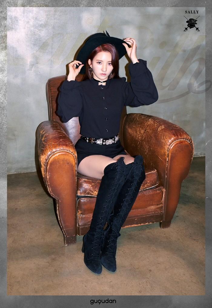 최근 타이틀곡 The Boots(더 부츠)'로 활동중인 그룹 구구단이 인터뷰를 통해 다양한 매력을 선보였다. 멤버 샐리의 모습. (사진=젤리피쉬엔터테인먼트 제공)