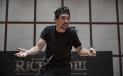[ET-ENT 연극] '리차드 3세'(2) 투사와 투사적 동일시를 디테일 있게 표현한 황정민