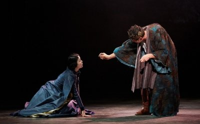 [ET-ENT 연극] '리차드 3세'(4) 멸절의 고통 속에 충분히 좋은 엄마의 보호도 받지 못한 황정민