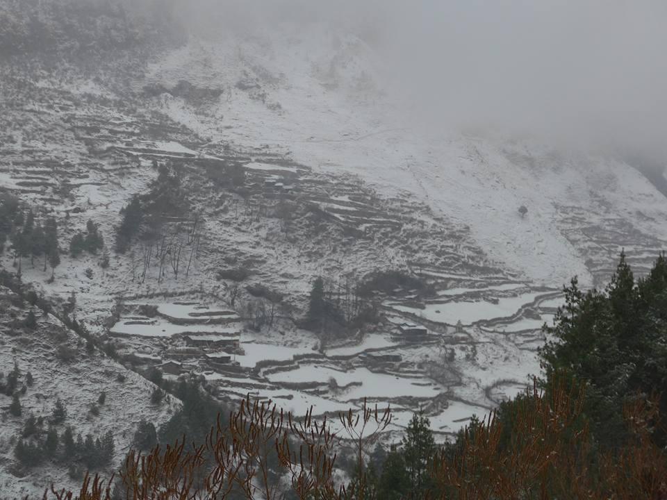 눈이 내린 마나슬루