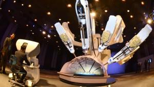 {htmlspecialchars(첫 국산 수술로봇 나왔다...미래컴퍼니, 복강경 수술로봇 '레보아이' 출시)}