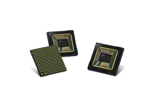 Samsung Electronics' image sensor called ISOCELL Fast 2L3 that can take super-slow motion images of 960 frames per second