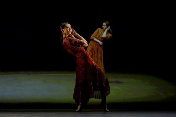 '넥스트 스텝' 중 '어;린 봄' 공연사진. 사진=국립극장 제공