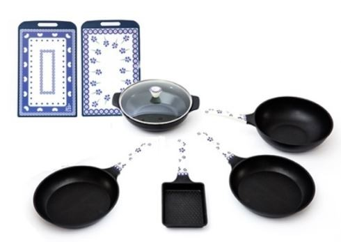 공영홈쇼핑은 지난 3월 16일까지 조리용품·식기·주방도구 등 주방용품 판매액이 104억원(이하 주문액 기준)을 기록했다고 전했다. 파뷔에 프라이팬 세트. 사진=공영홈쇼핑 제공