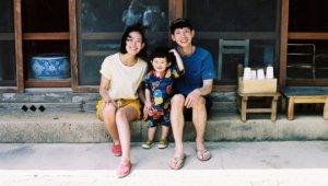 봉태규♥하시시박, 아들과 함께한 가족사진...엄마·아빠 똑 닮은 귀여운 외모 눈길