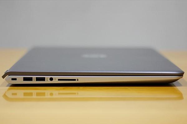 사진 = 이영화 기자, 미네랄 실버 컬러 색상의 노트북 모습