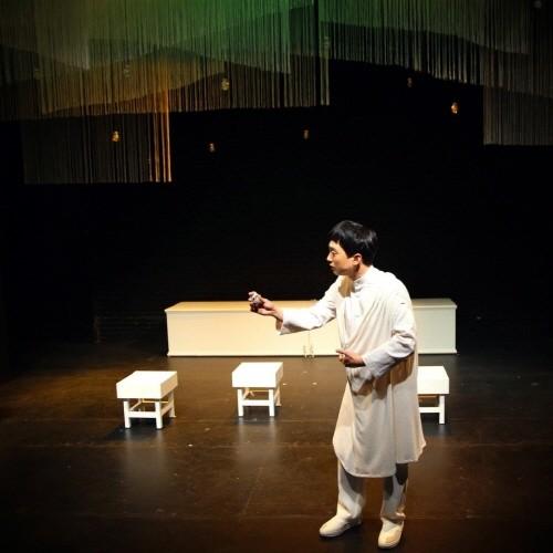 '줄리엣과 줄리엣' 공연사진. 사진=극단/소극장 산울림, 아트판 제공