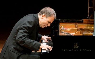 [ET-ENT 클래식] '케빈 케너 피아노 리사이틀' 감정선과 정서를 끊지 않고 이어가는 피아니스트