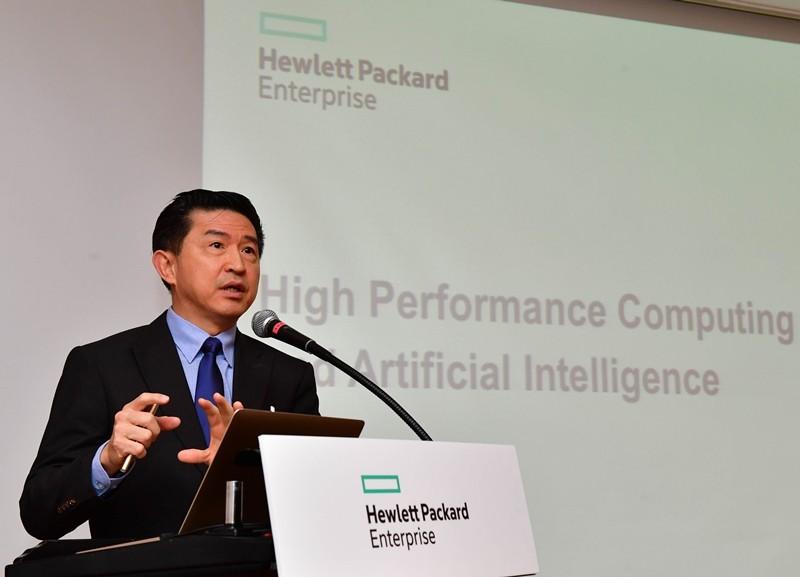 HPE 글로벌 고성능 컴퓨팅 및 인공지능 담당 부사장 및 최고기술책임자인 엥림 고 박사