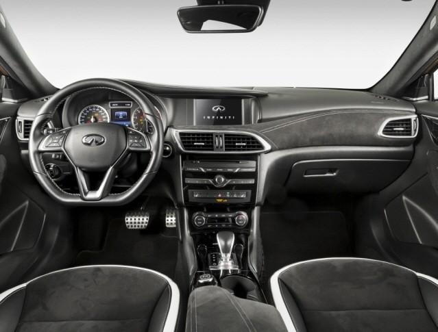 [임의택의 車車車] '원조보다 낫다' 인피니티 Q30