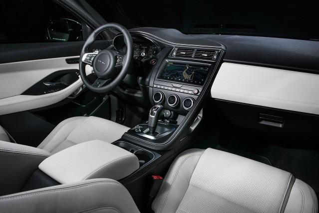 재규어 E-PACE, 프리미엄 콤팩트 SUV '출사표'