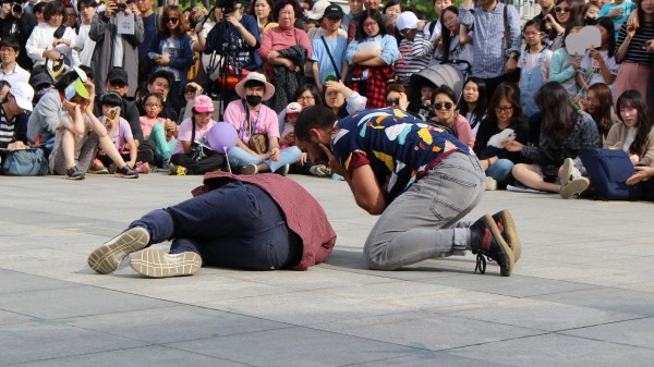'일탈' 공연사진. 사진=안산문화재단 제공