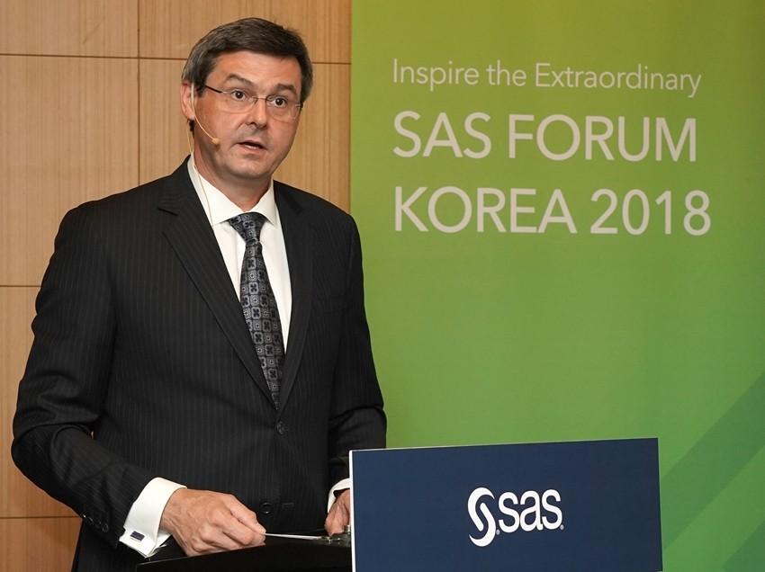 올리버 샤벤버거(Oliver Schabenberger) SAS 수석부회장 겸 최고운영책임자(COO) & 최고기술책임자(CTO)