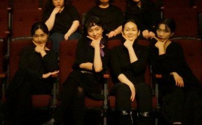 [ET-ENT 인터뷰] 체인지 연극의 첫 기획, 공연단체 파문의 '슬픈 몰골의 기사' 배우와 제작진을 만나다