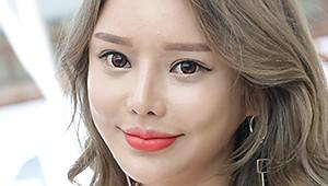 [포토] 슈퍼레이스 3전, 김효진 '눈에 띄는 인형 같은 외모'