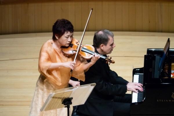 '정경화 바이올린 리사이틀' 공연사진. 사진=김윤배 작가 제공