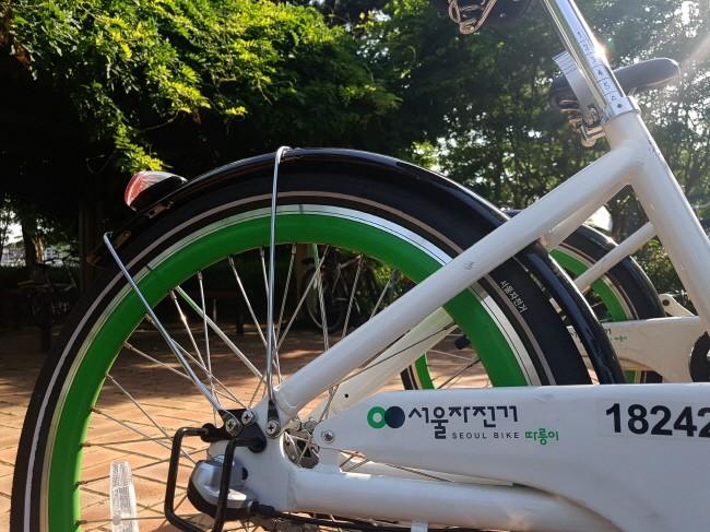 서울자전거 따릉이가 한강을 더욱 가깝게 만들고 있다