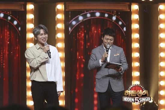 가수 케이윌이 '히든싱어 5'에서 고비를 겪었다. / 사진=JTBC 제공