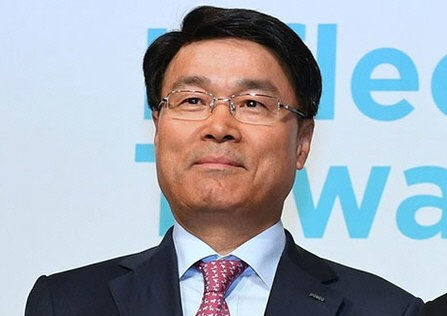 포스코 최정우 회장 후보, 부실 경영의 실질적 책임자'...도마