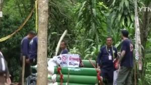 태국 동굴 고립된 8명 소년 구출...여전히 가족과 만나지 못하는 이유는?