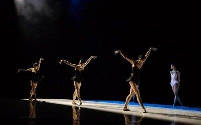 [ET-ENT 발레] 정형일 Ballet Creative 'Two Feathers' 몸의 언어와 마음의 언어, 발레로 풀어낸 대화