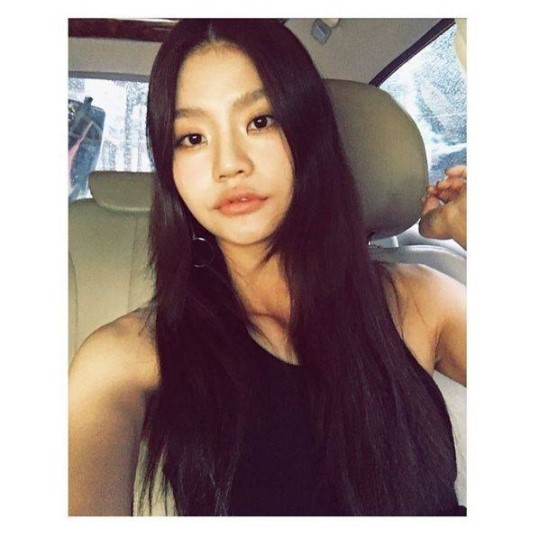 가수 안다가 YG 엔터테인먼트 계열사인 YGX와 전속 계약을 맺었다.
