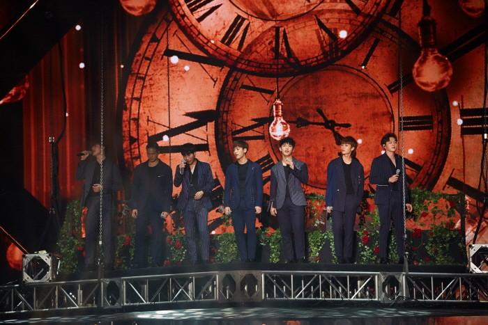 10일 오후 서울 송파구 올림픽공원 체조경기장에서는 그룹 비투비의 다섯 번째 단독콘서트 '2018 비투비타임-This is Us(2018 BTOB TIME-This is Us)' 1일차 공연이 개최됐다. (사진=큐브엔터테인먼트 제공)