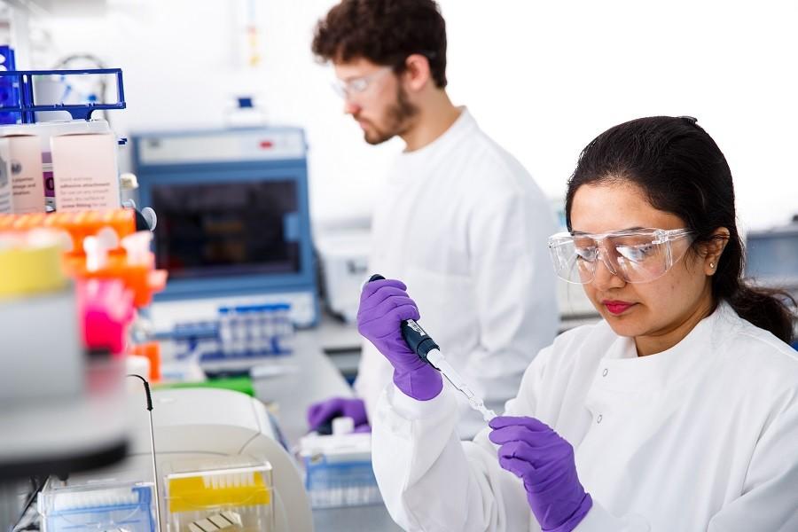 DNA 기반 데이터 저장장치…하루에 1테라 데이터 저장