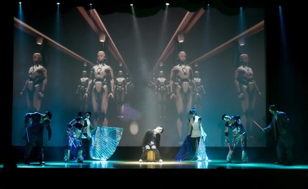 <'로봇파파' 공연사진. 사진=댄스시어터 샤하르(DTS) 제공>