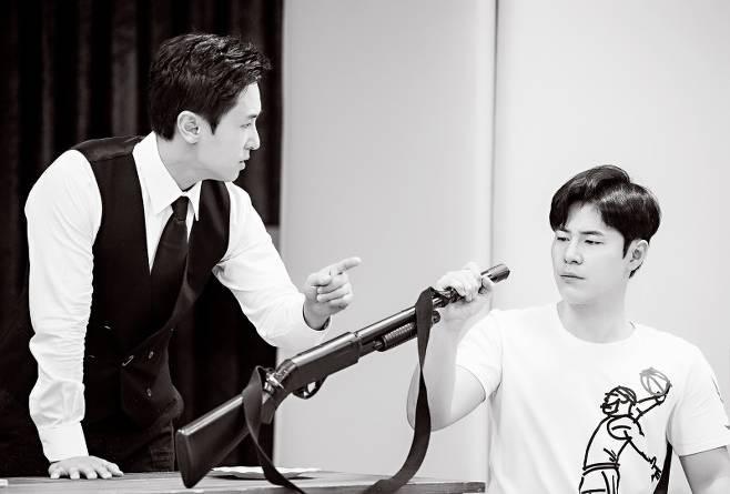 '젠틀맨스 가이드'김동완x유연석x오만석x이규형, 연습 현장 공개