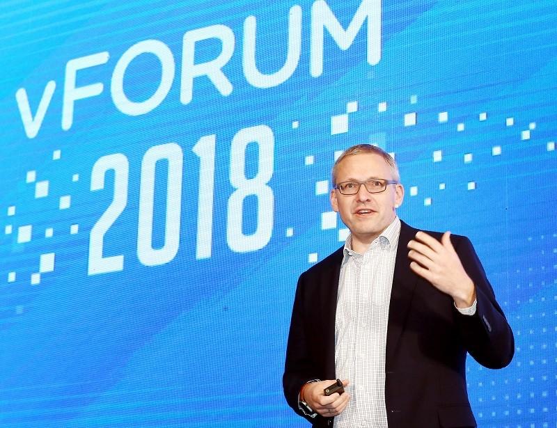 귀도 아펜젤러(Guido Appenzeller) VMware 클라우드 및 네트워크 부문 최고 기술 책임자(CTO)
