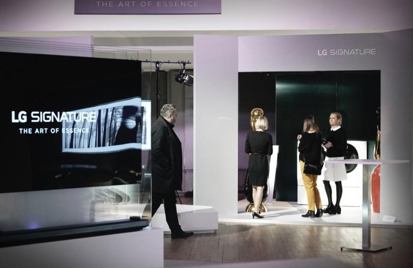 'LG 시그니처' 디자인, 예술작품과 만나다.